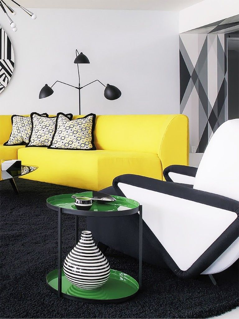 Living Moderno Com Sof Amarelo A Touch Of Black Pinterest  # Muebles Celso Santo Tome