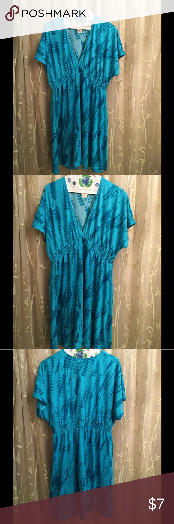 """Dress Beautiful Blue Shades Mossimo Dress has V-Neck & Elastic Waist, Short Sleeve. 2 beautiful shades of blue, approx. 37""""L(shoulder 2Hem) 95% cotton 5% spandex. Could be used as swim suit coverup. Worn twice, like new excellent condition. Mossimo Supply Co. Dresses"""