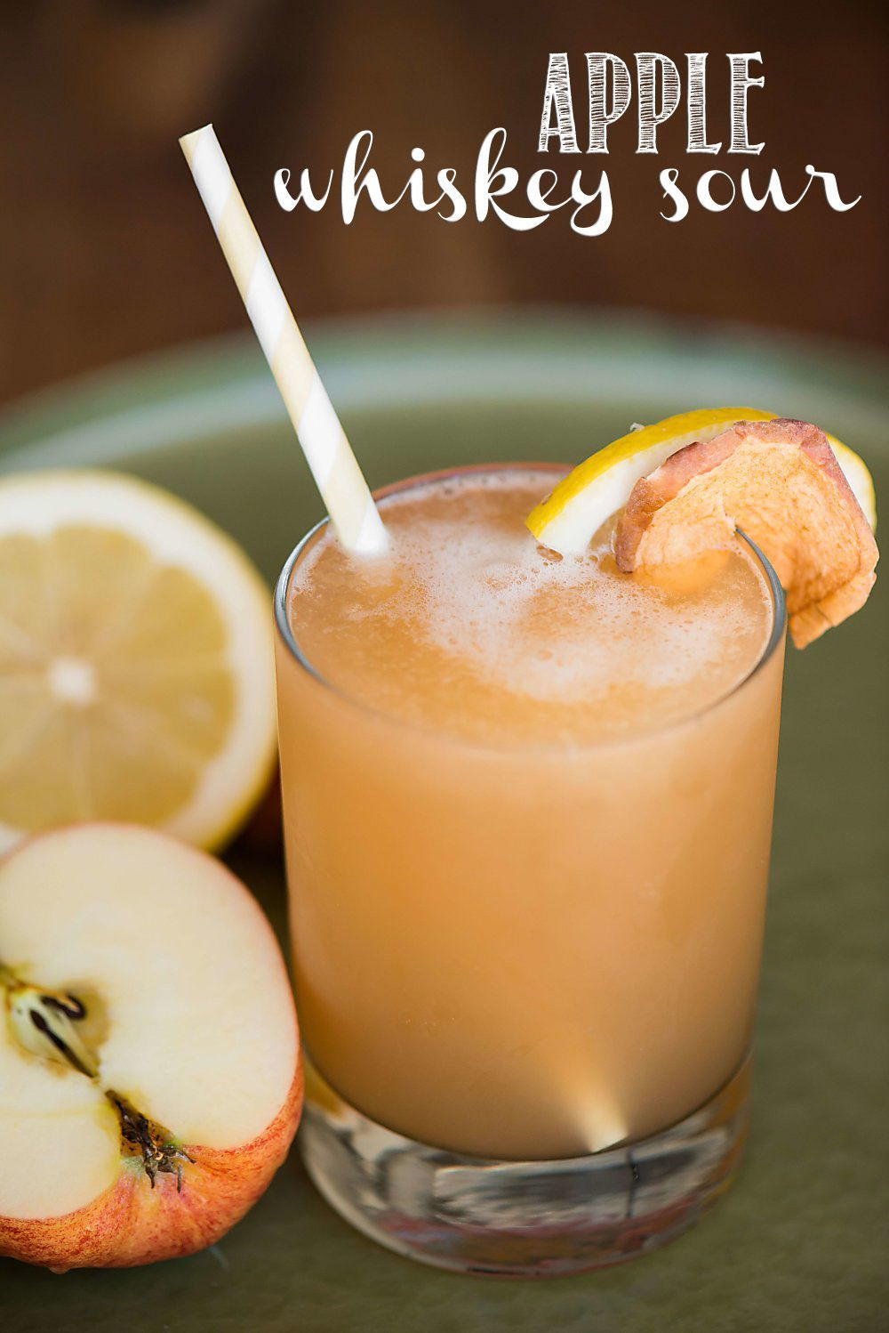 Juice in the juice from apples is a tasty drink for the winter