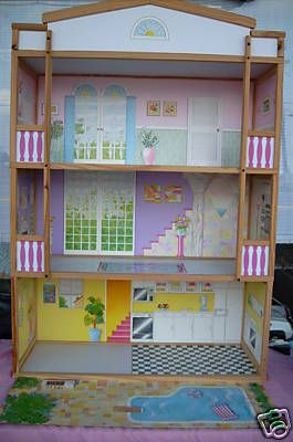 I Never Know What Price I Am Going To See On This House Usually It Is In Another State For Local Pick Up Too Wooden Dollhouse Barbie Doll House Wooden Dolls