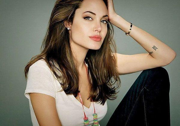 Tatuaggi numeri per lei - Angelina Jolie tattoo numero ...