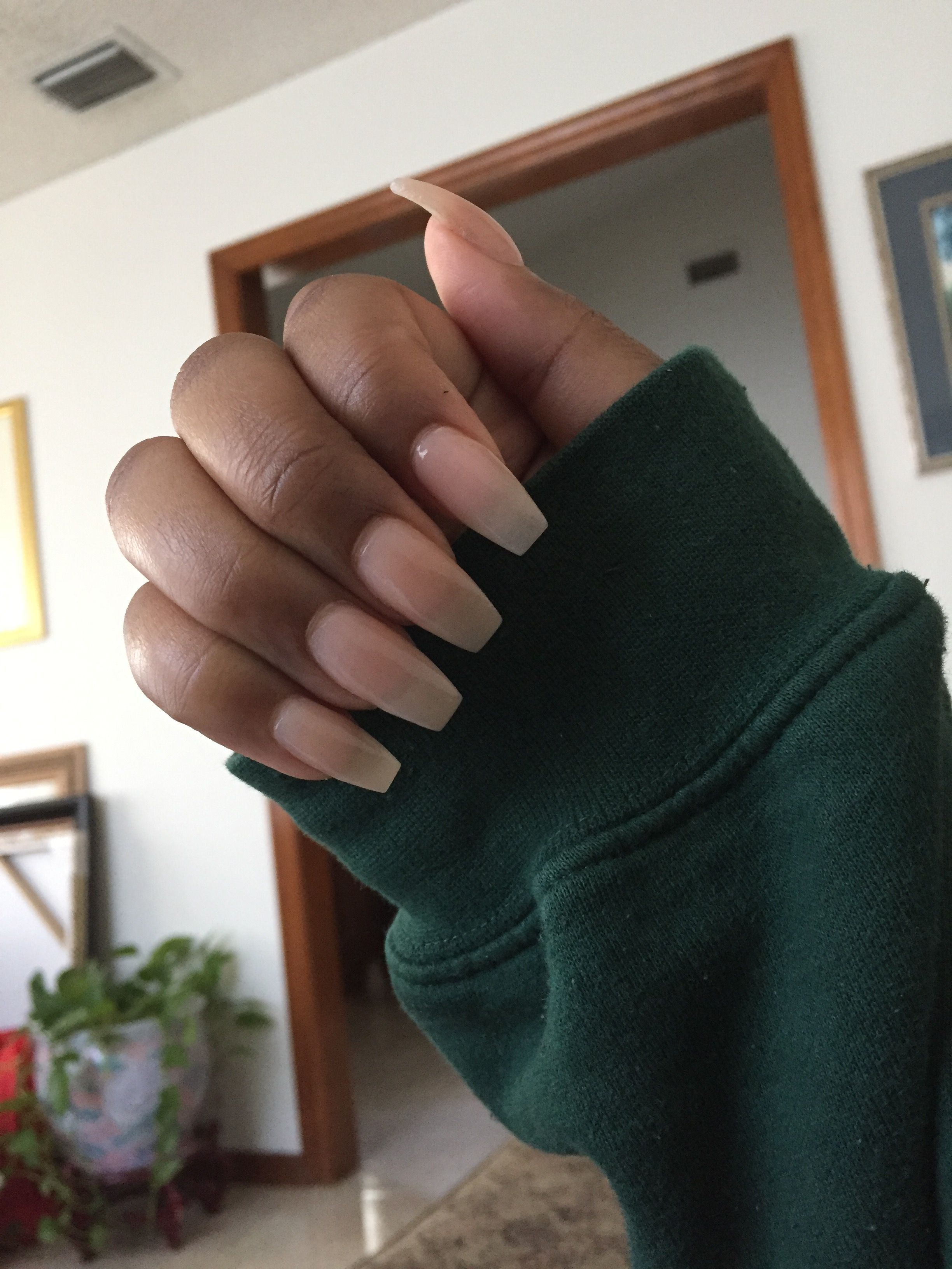 Pin By Kimberly King On Nails Clear Acrylic Nails Natural Acrylic Nails Acrylic Nails Coffin Short