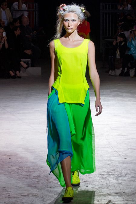 Yohji Yamamoto | Spring 2014 Ready-to-Wear Collection | Style.com