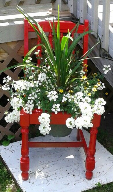 A Chair of Flowers