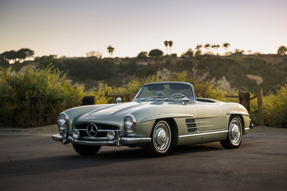 This Timeless 1960 Mercedes-Benz 300 SL Roadster Is Looking for a ...