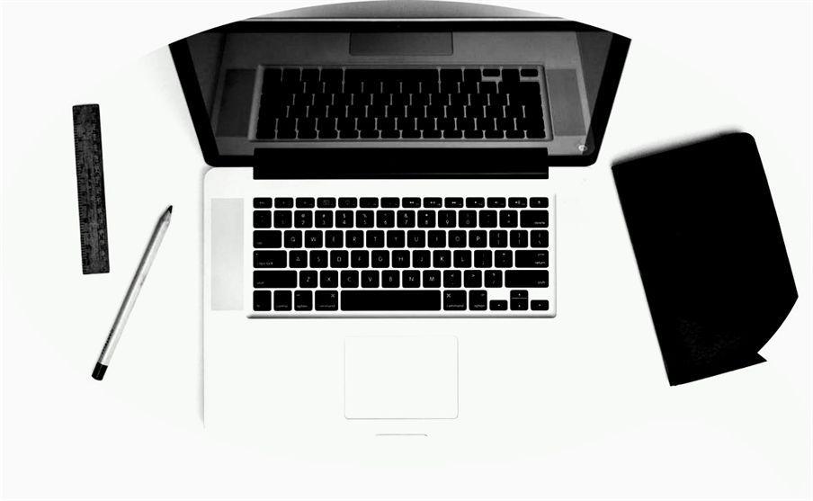 Apple Desk Laptop Macbook Pro Work From Home Business Ideas In Pune