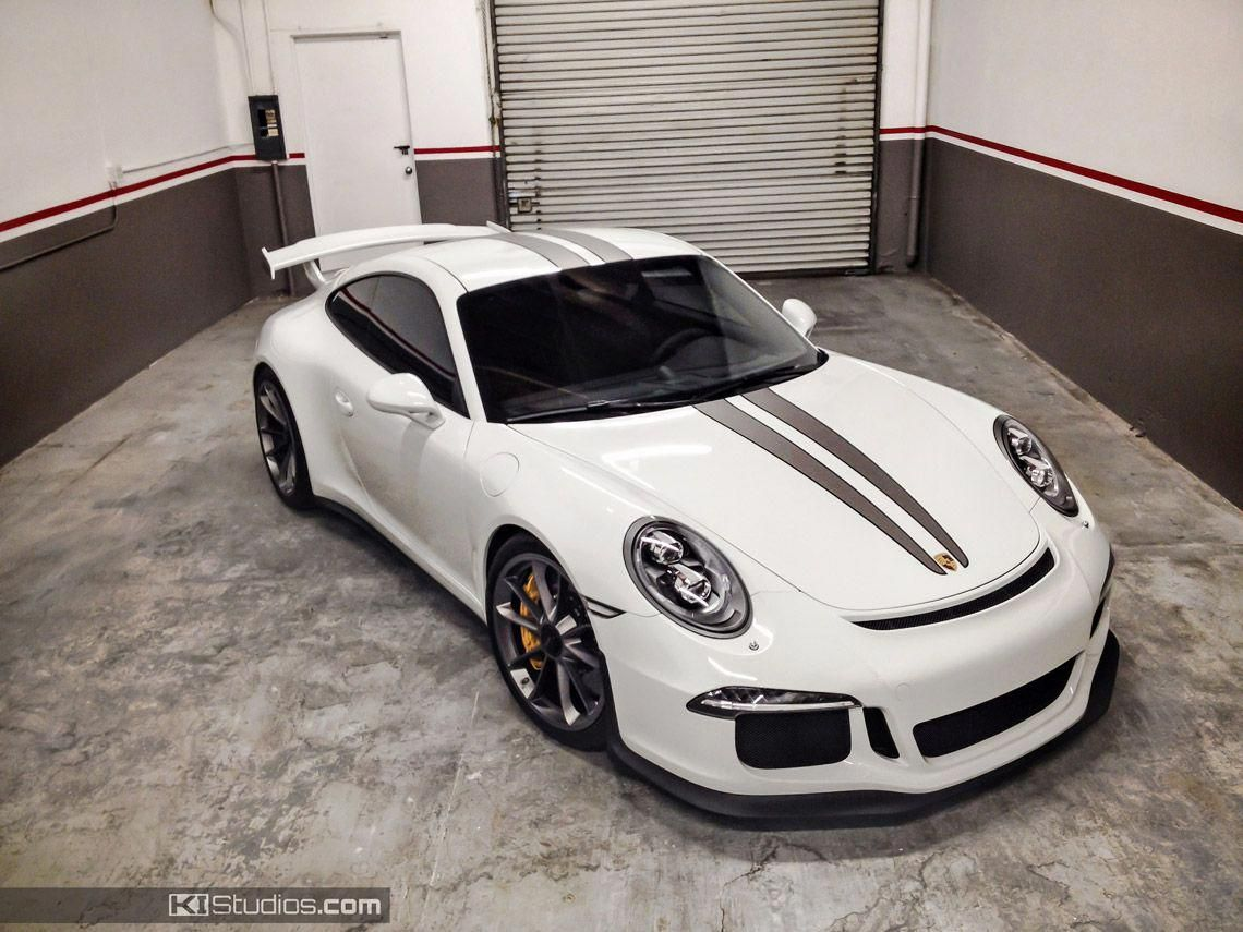 This Stripe Kit For The Porsche 991 Gt3 Features Dual Color Over The Top Racing Stripes Easy To Install And Durable Made Autos Und Motorrader Sport Motorrad