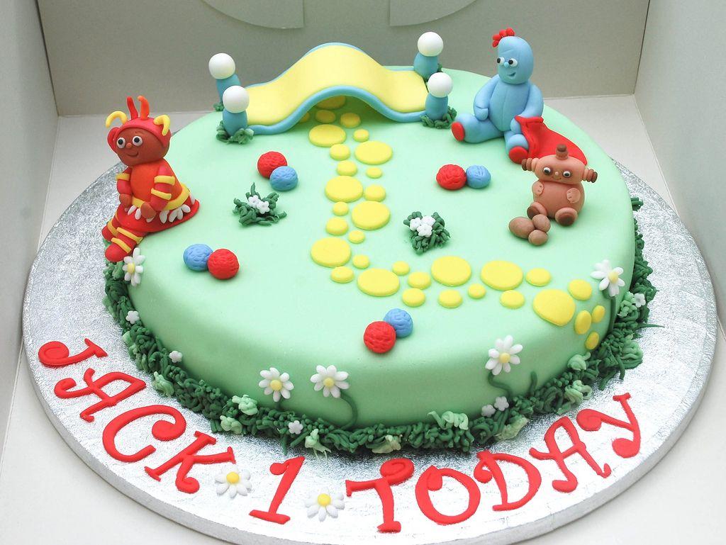 In the night garden birthday cake | Garden birthday cake, Garden ...