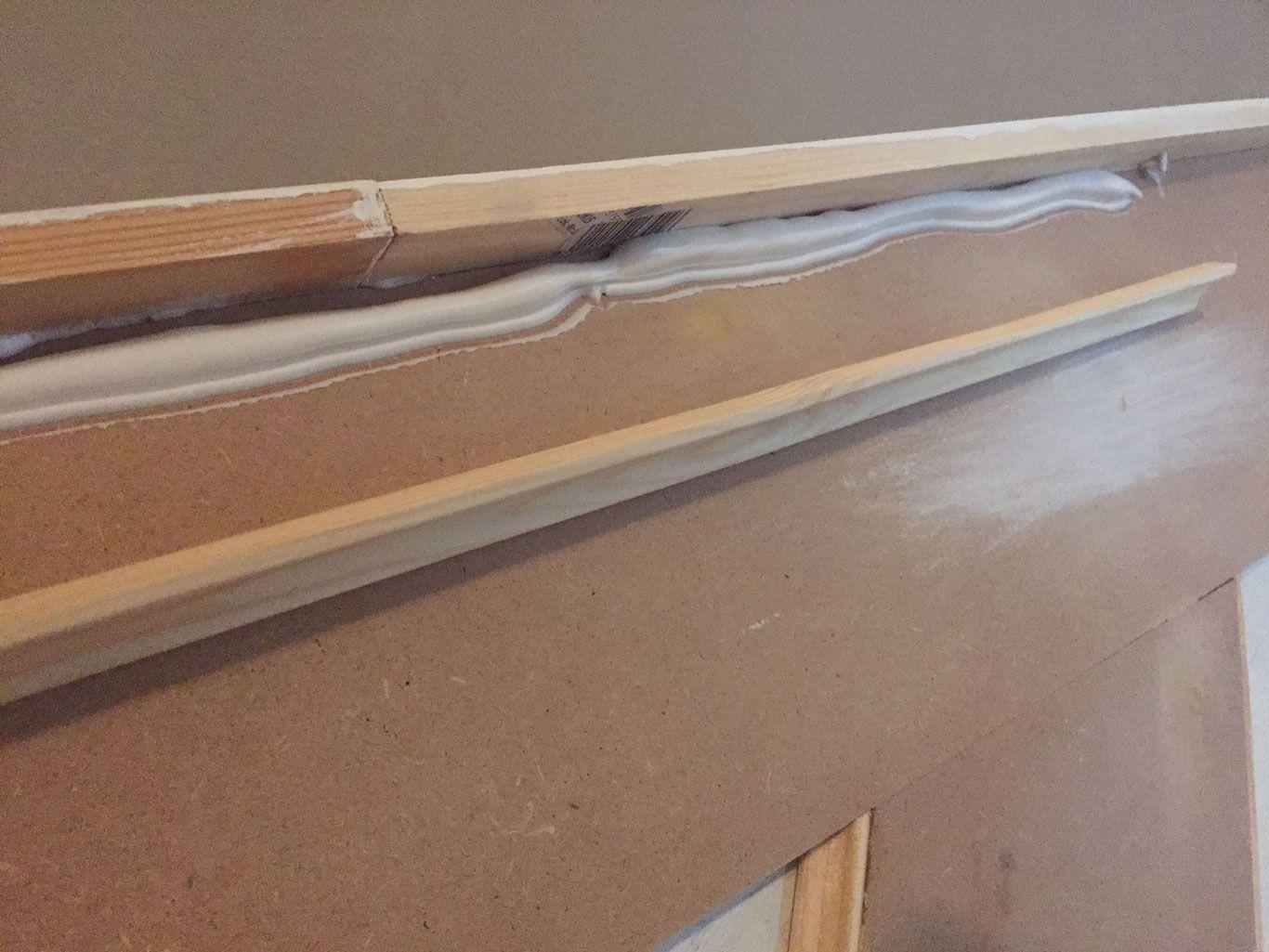 Bauanleitung für eine Vertäfelung im Treppenhaus. Einfach, günstig ...
