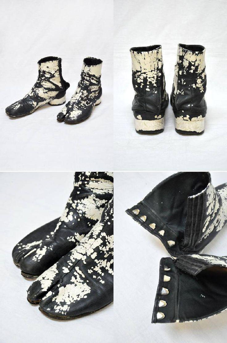 e941333e6eb4 Classic tabi boots painted white, Maison Martin Margiela. Maison Martin  Margiela, Винтажная Обувь