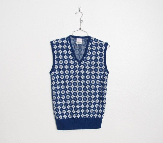 SOLD Men's Vintage Saks Fifth Avenue Sweater Vest / Blue & White Argyle / Acrylic Knit Sleeveless Pullover by VelouriaVintage on Etsy