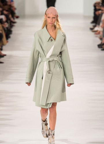 Maison Margiela – Fashion Week Paris 2016 | ELLE