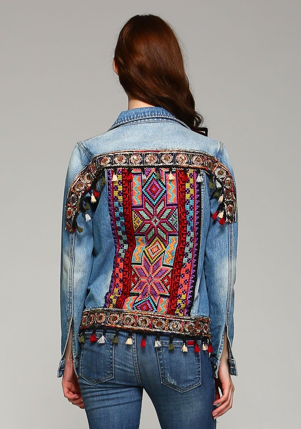 Embellishments Across The Back Elevate The Classic Style Of This Essential Jean Jacket With Its Embroidery Embellished Denim Denim And Lace Embroidered Denim [ 1400 x 985 Pixel ]
