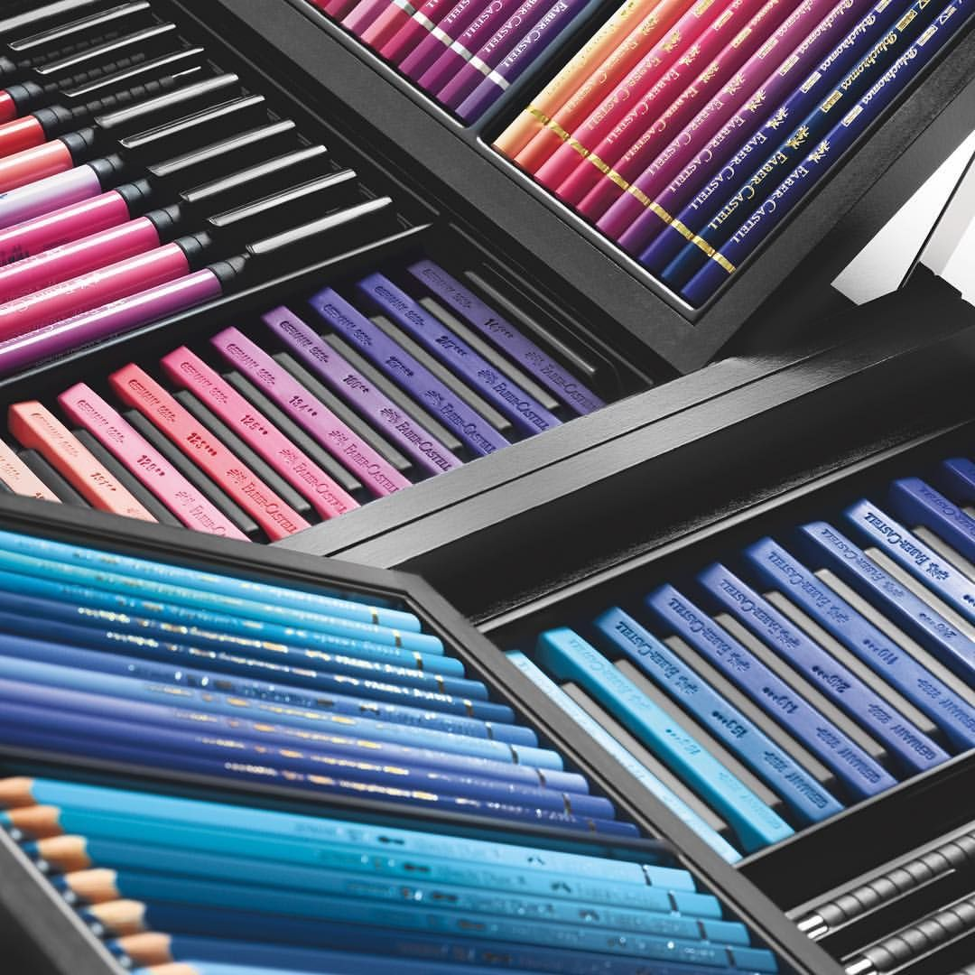 """12.4 k mentions J'aime, 162 commentaires - Faber-Castell Official (@fabercastellglobal) sur Instagram : """"One more closer look at the #KARLBOX - the broad colour variety gets us excited every time! How…"""""""