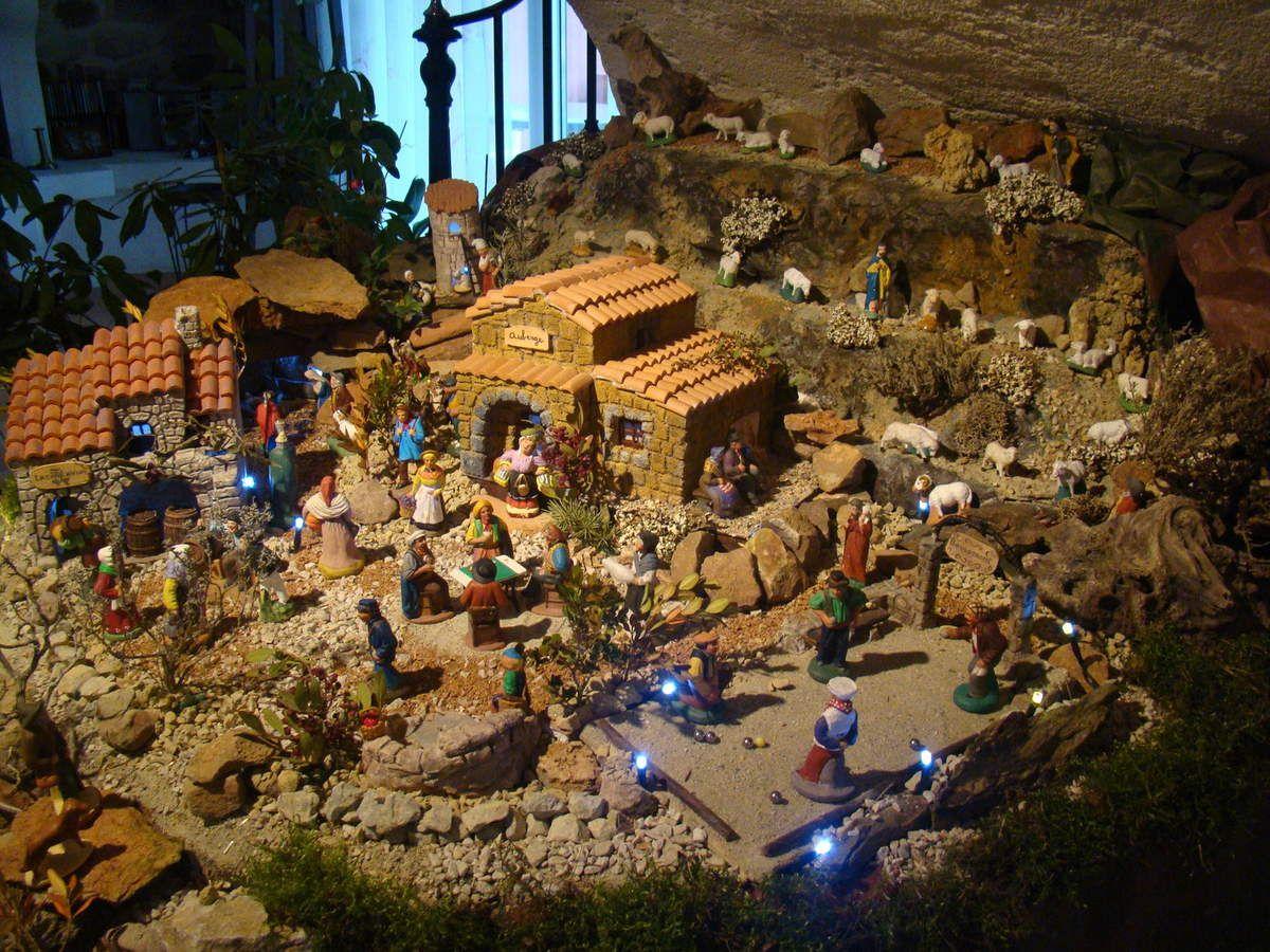Extrêmement La crèche de Noël 2014 d'Annie | creches de NOEL | Pinterest  PK95