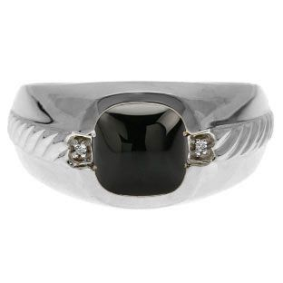 Men's Black Onyx and Diamond Accent Ring In White Gold Christmas 2014 Holiday Jewelry Deals and Sales At Gemologica.com. Xmas Gift guide, Gift Ideas For Him, Gift Ideas For Her, Gift Ideas For Kids. Give the Gift of Fine Jewelry From the Gemologica.com Online Jewelry Store. Unique Gifts, Personalized Gifts, Gift Finder For Men, Women, Children @ GEMOLOGICA.COM