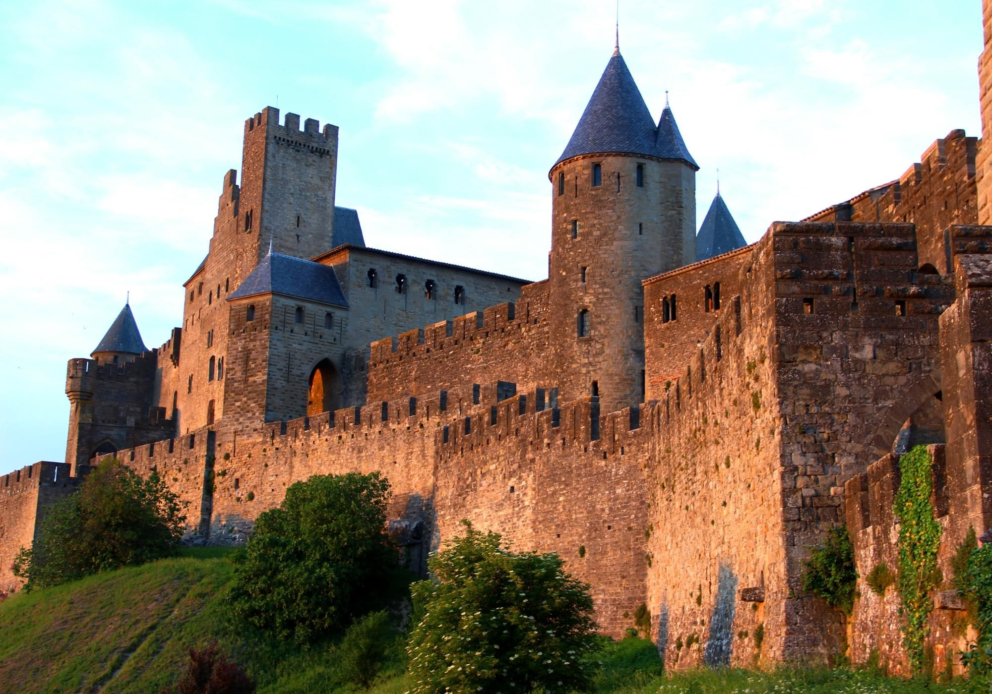 Carcassonne Tourism: TripAdvisor has 58,365 reviews of Carcassonne Hotels, Attractions, and Restaurants making it your best Carcassonne resource. #ohtheplacesillgo