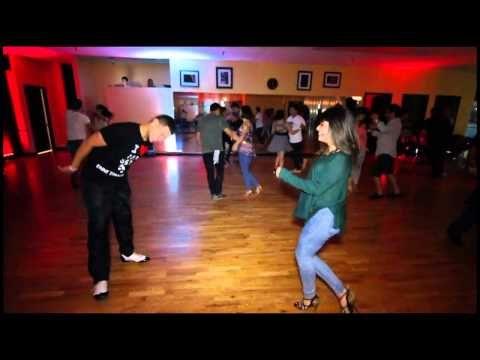 El Doctor De La Salsa Ven Y Curare Todo Tu Males A Bailar Salsa Al 2x1 En La Escuela La Fiebre Del Ritmo Lo Mejor En Salsa Moves Dance Lessons Salsa