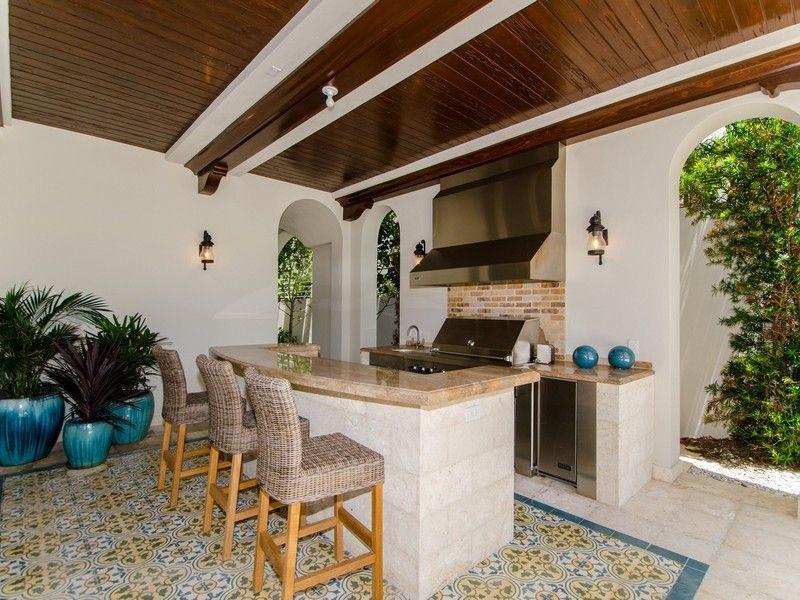 Luxury Real Estate In Miami Beach Fl Us 7737 Atlantic Way Jamesedition Build Outdoor Kitchen Outdoor Kitchen Design Outdoor Remodel
