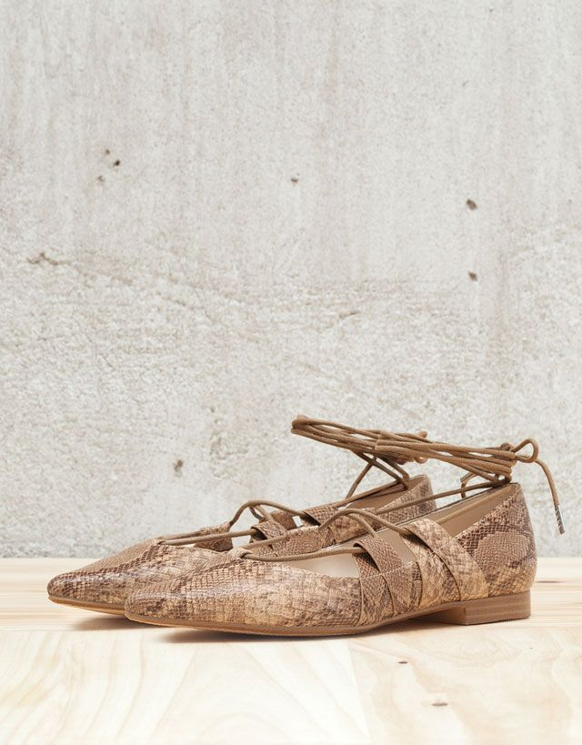 0482d80245a View All - WOMAN - Shoes - Bershka Indonesia