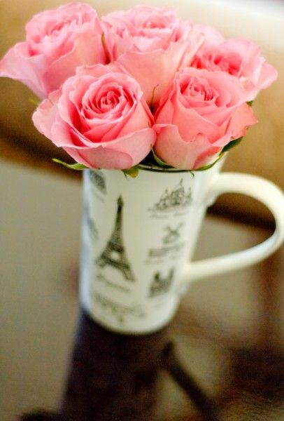Pink Roses in a pretty lil' Eifel Tower tea cup