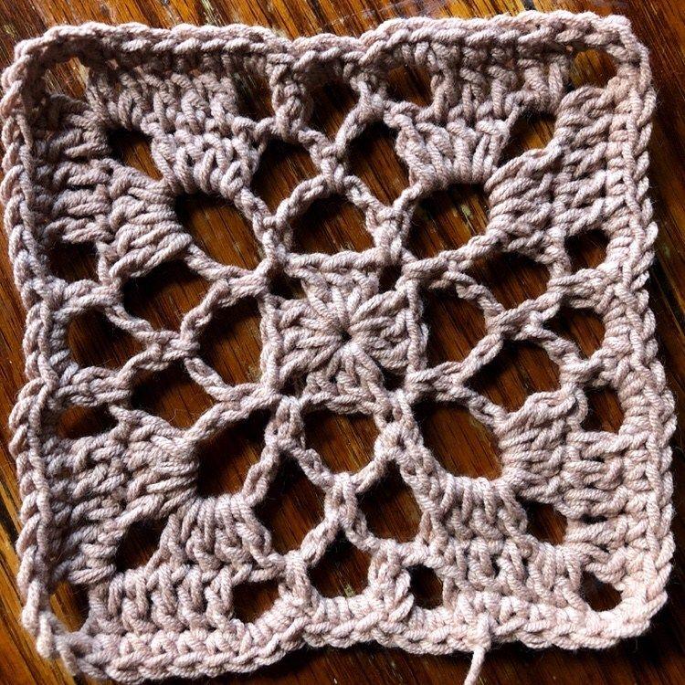 Crochet Motif: Tulip Tree Square - cypress|textiles