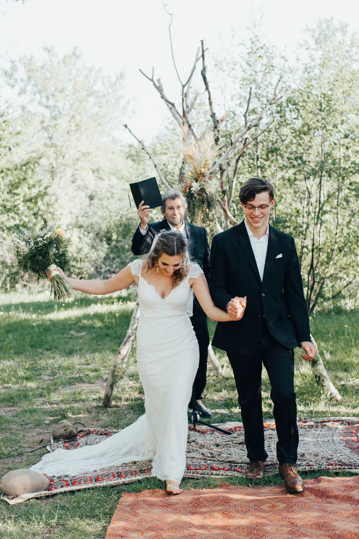 Bethany u kyleus backyard wedding wedding photography ideas