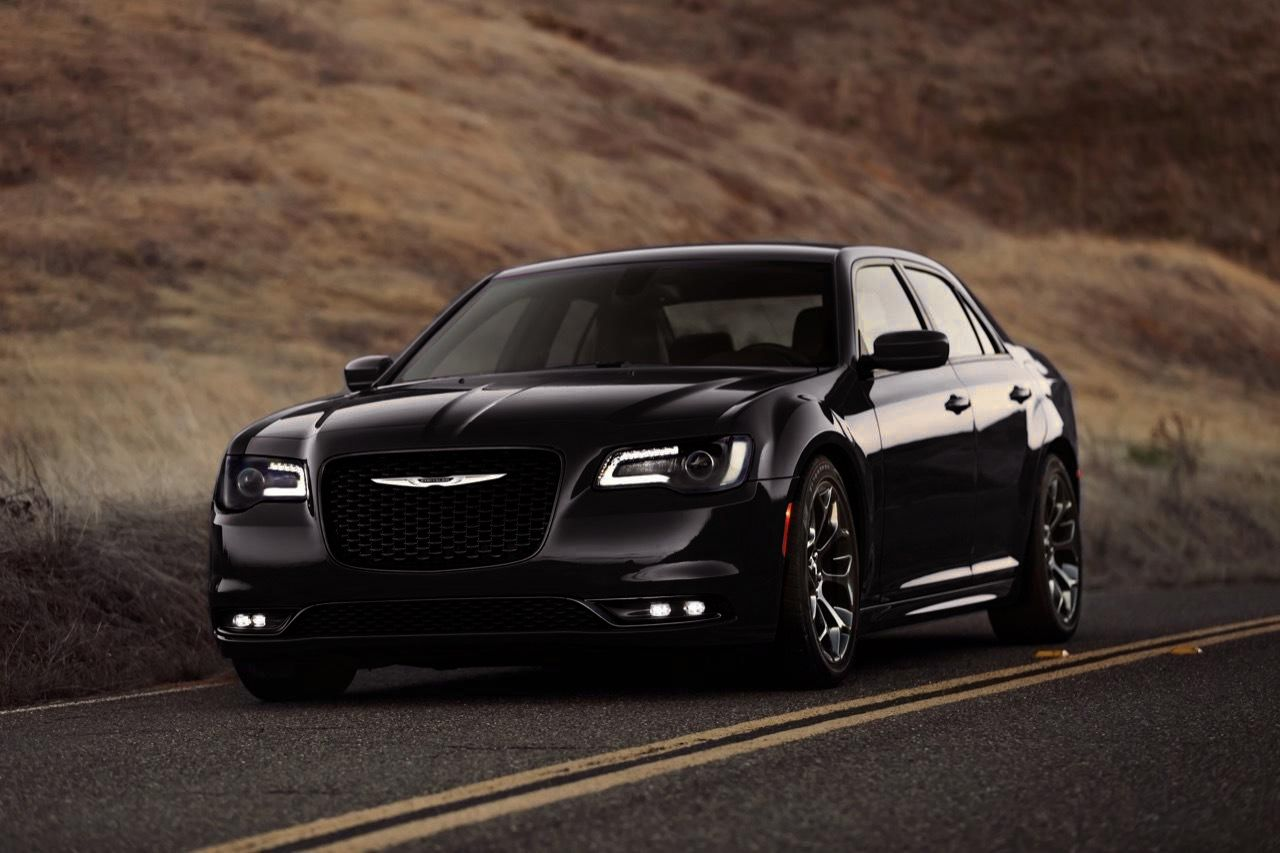 2016 chrysler 300 is the featured model the 2016 chrysler 300 wallpaper image is added in car pictures category by the author on sep