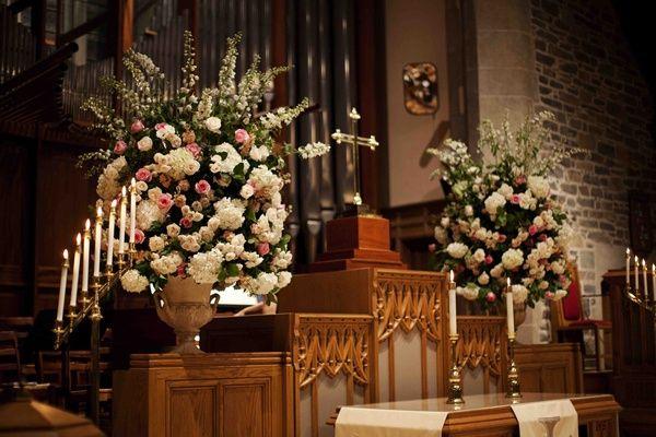 Beautiful country club wedding in washington d c for Church wedding altar decoration ideas