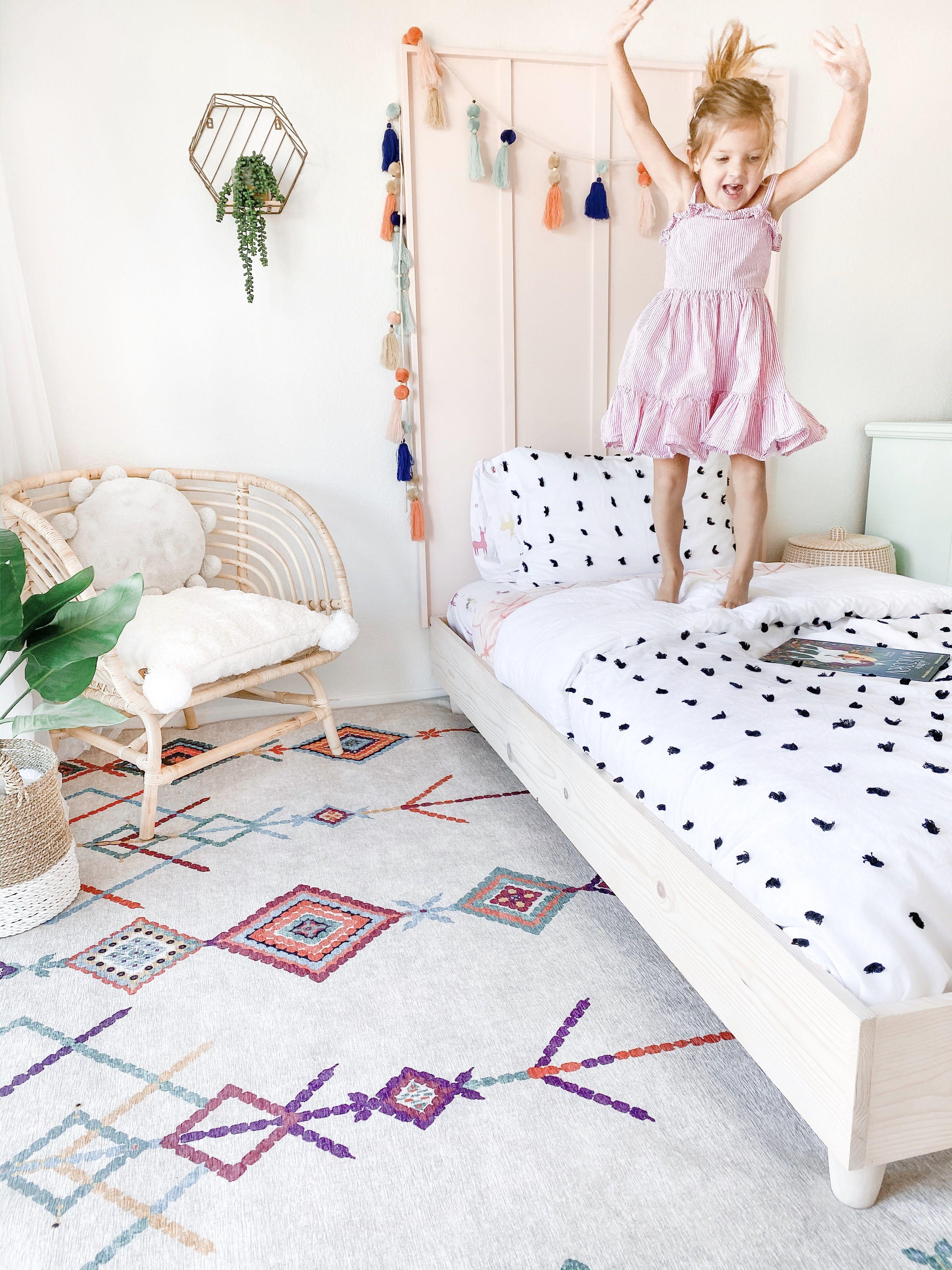Easy DIY Twin Platform Bed Frame Tutorial in 2020 Diy