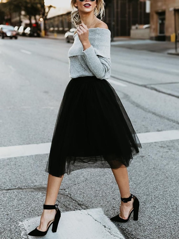 34 The Best Winter Wedding Guest Outfit Ideas To Keep Warm #weddingguestdress