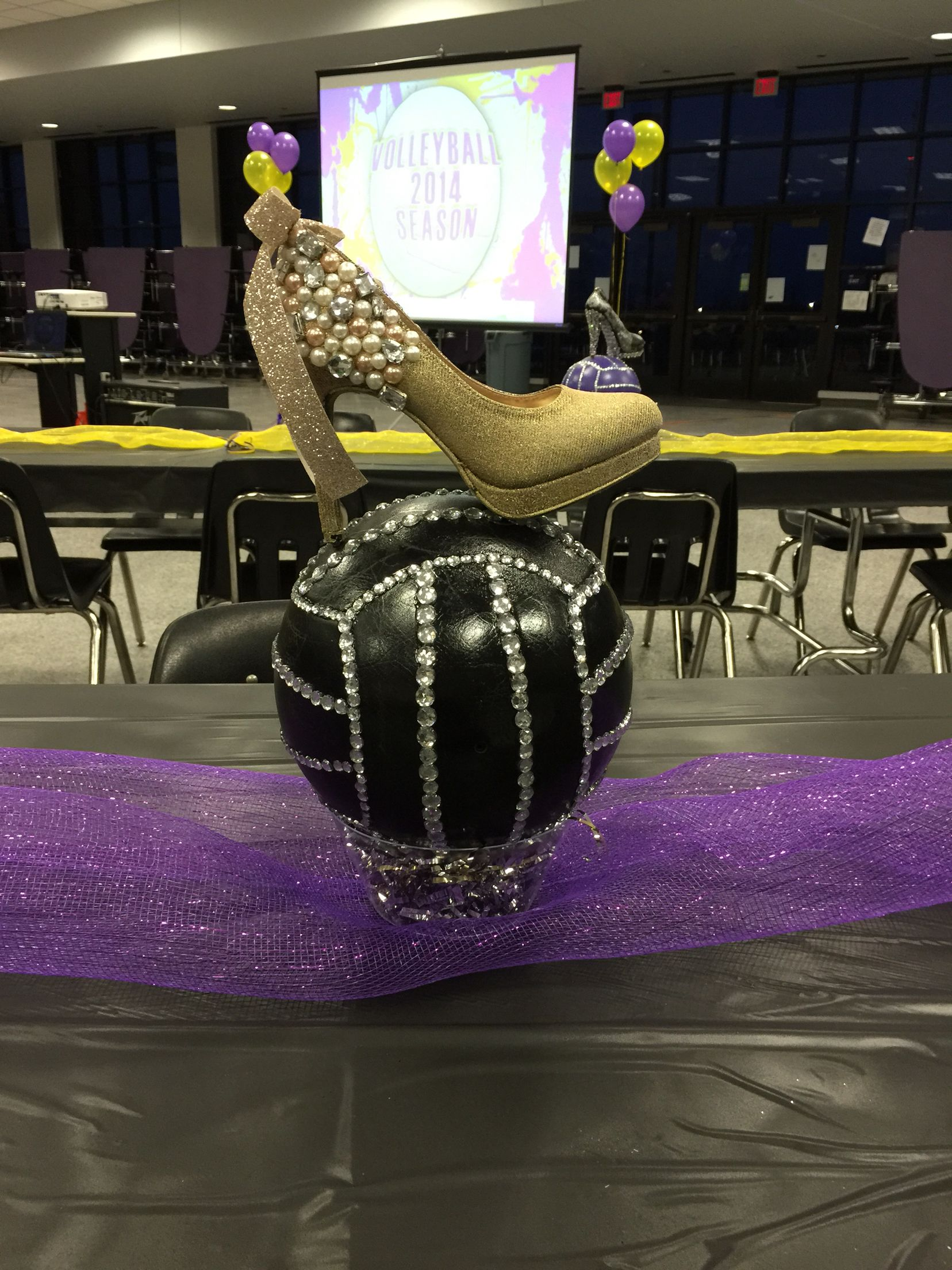Volleyball Banquet Theme Hits To Heels Each Girl Decorated Her Own Shoe So They Could Have A Keepsake Volleyball Gifts Girl Decor Volleyball