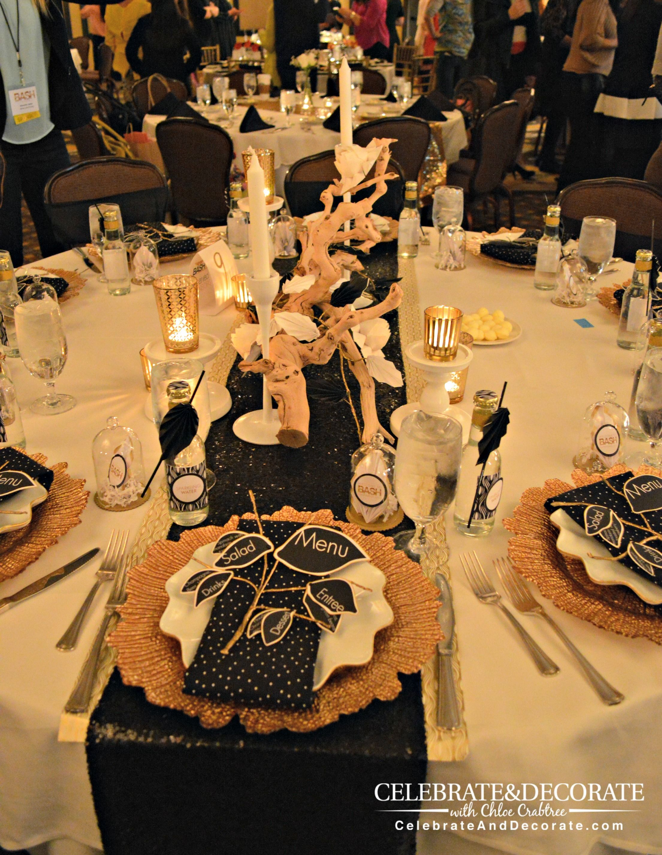 Gold And Black Sparkle Tablescape (2209 2850) Dinner Table Settingsgatsby Partydinner