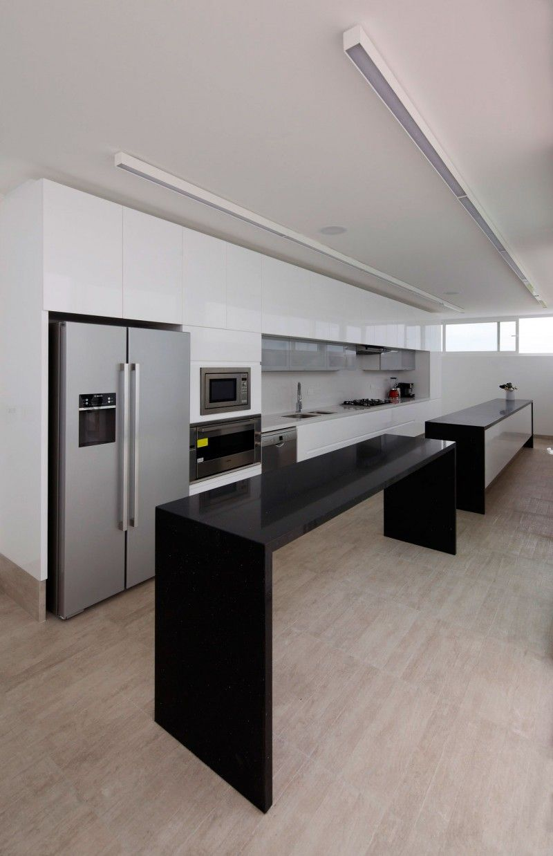 Deployed House By Seinfeld Arquitectos House Design House Kitchen Interior