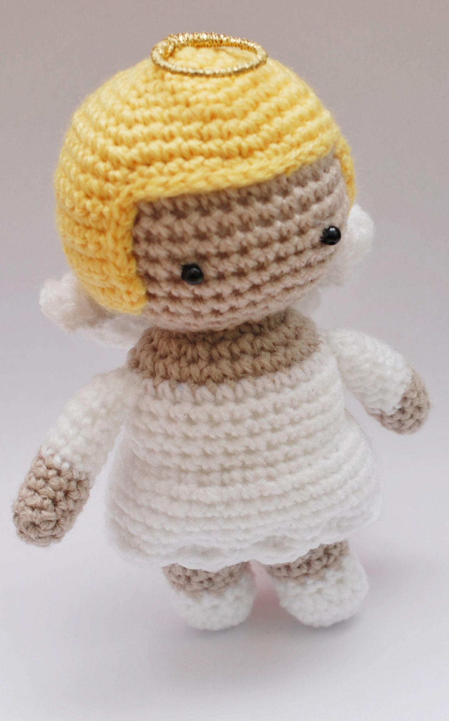 amigurumi a crochet Angel, en virkad ängel