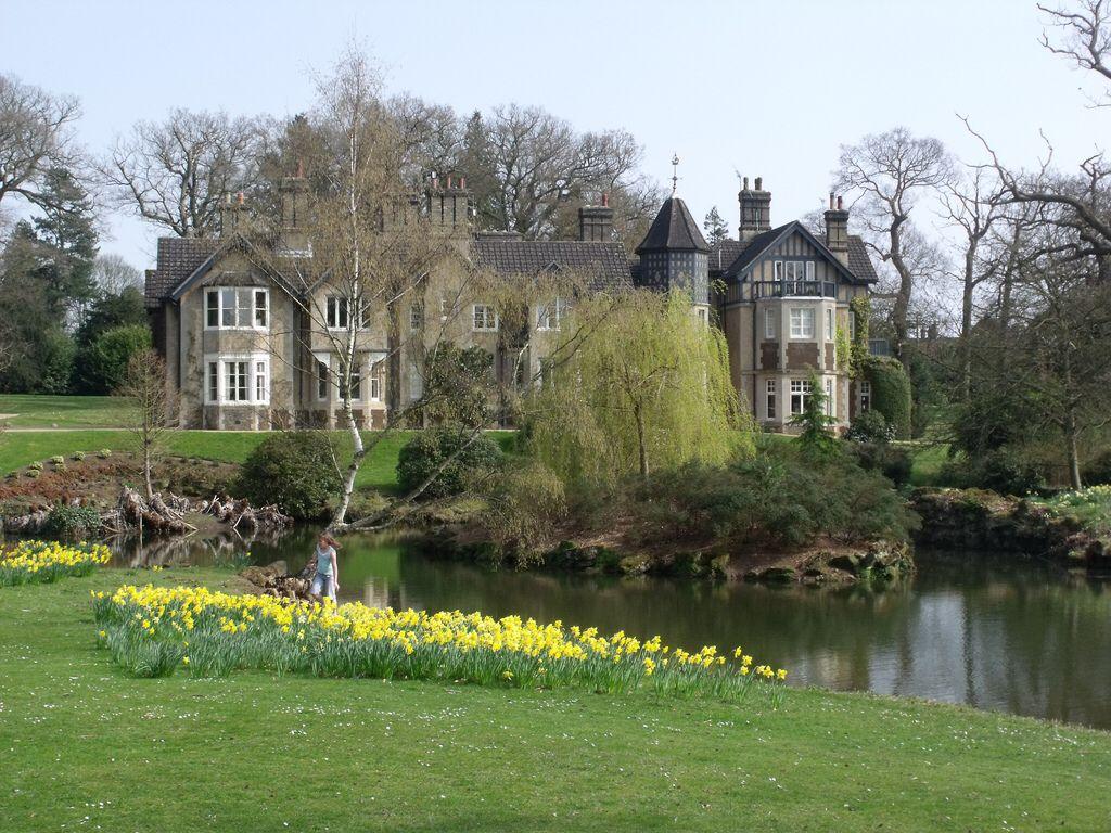York Cottage and the lower lake at Sandringham | Royals | Pinterest ...