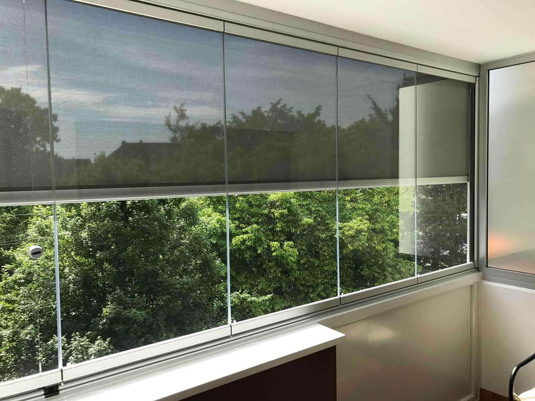 Balkonverbau Glas zum Falten Sunflex SF 25 inkl Beschattung