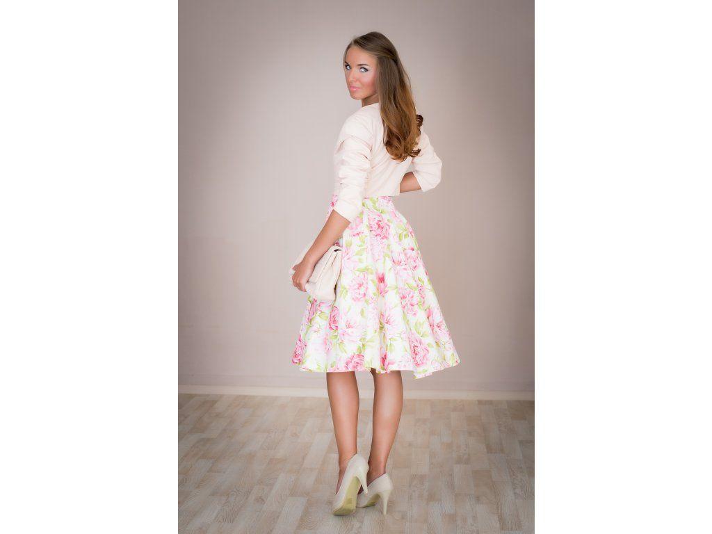 8347cb52feca Kolová sukně s pivoňkami. plně kolová sukně délka 60 cm zip na levé straně  skladem velikost 40