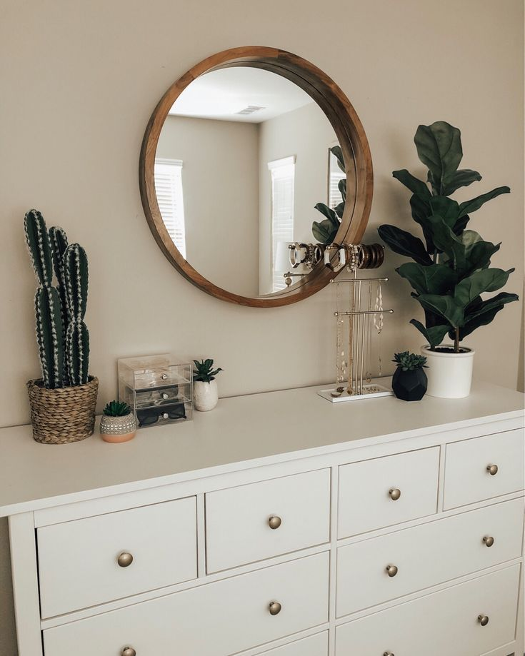 STOCK UP WITH THE 2-DAY TARGET HOME SALE -Jaclyn De Leon Style + Updating your home doesn't have to be expensive.  I'm sharing tons of new affordable home finds all from Target.  Get the bohemian chic decor of your dreams without breaking the bank