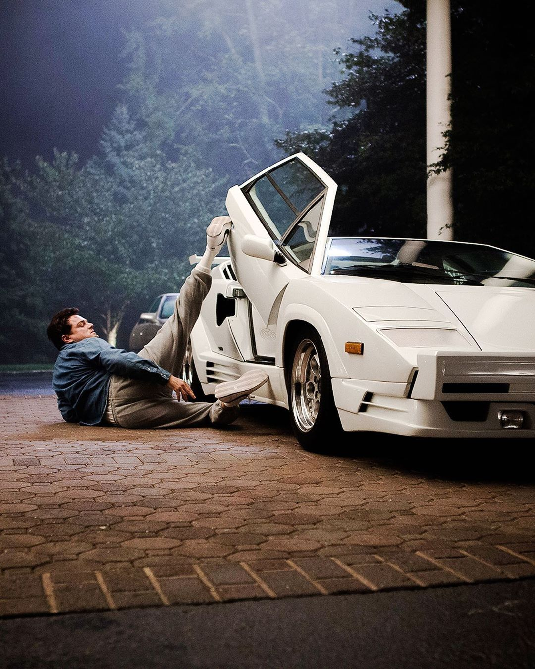 The Wolf Of Wall Street Wolf Of Wall Street Funny Pictures Lamborghini Countach The wolf of wall street wallpaper iphone