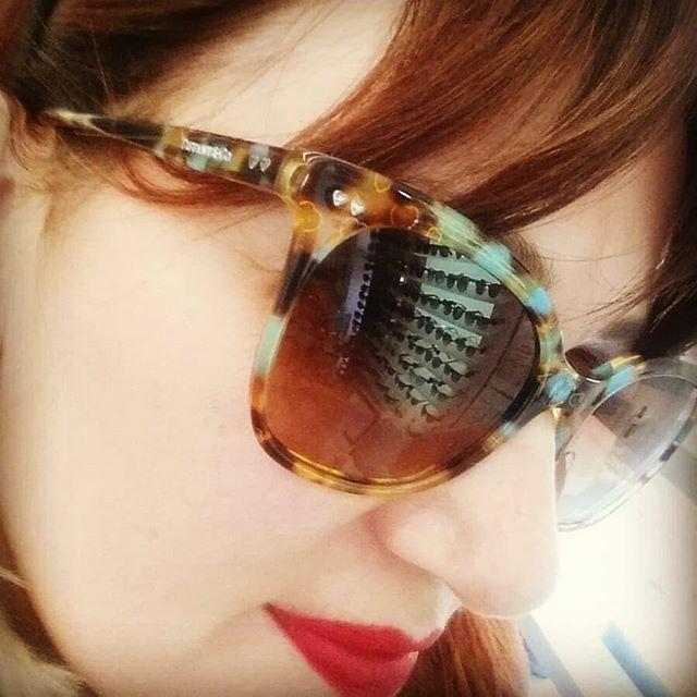 A San Valentino l'amore ci vede doppio! Se acquisti due occhiali da sole il secondo lo paghi la metà   Promo valida dal 12 al 17 Febbraio 2018 su tutta la collezione sole in esposizione.  #cisternadilatina #iloveotticabua #sanvalentino #promo #sunglasses #occhialidasole