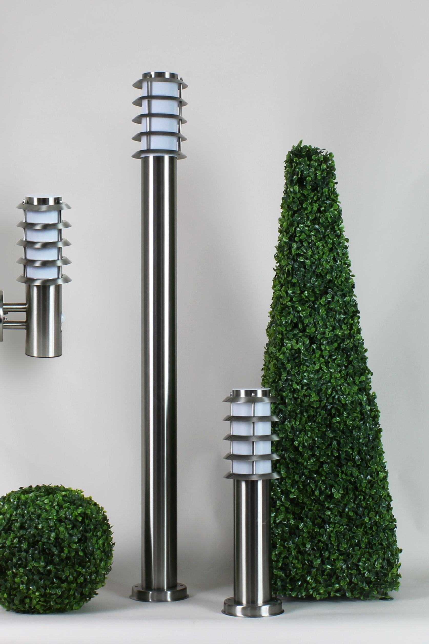 Ecrins lampadaire borne potelet applique outdoor for Luminaire exterieur balcon