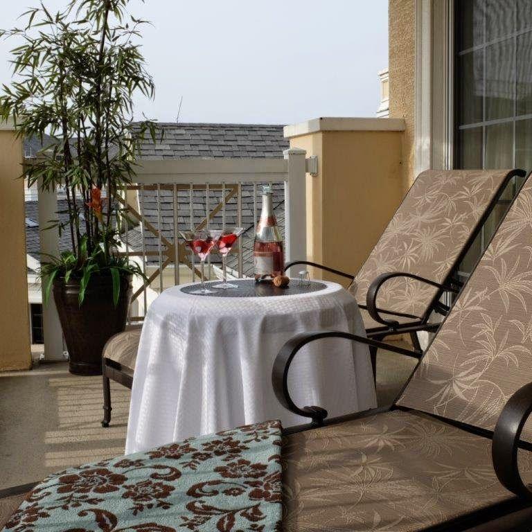 Hotels Vs Vacation Homes: Hotels Vs. Vacation Homes