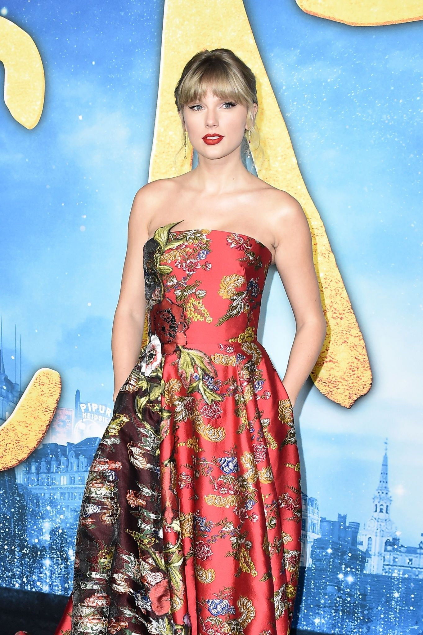 "Taylor Swift ""Cats"" World Premiere in NYC Taylor swift"