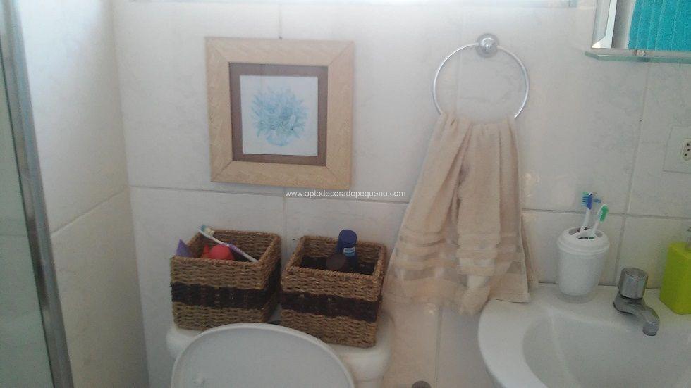 Banheiro simples de pobre