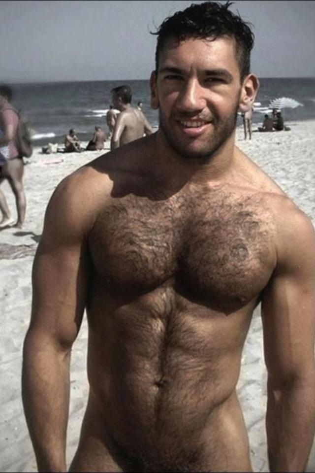 nude-beach-sexy-men