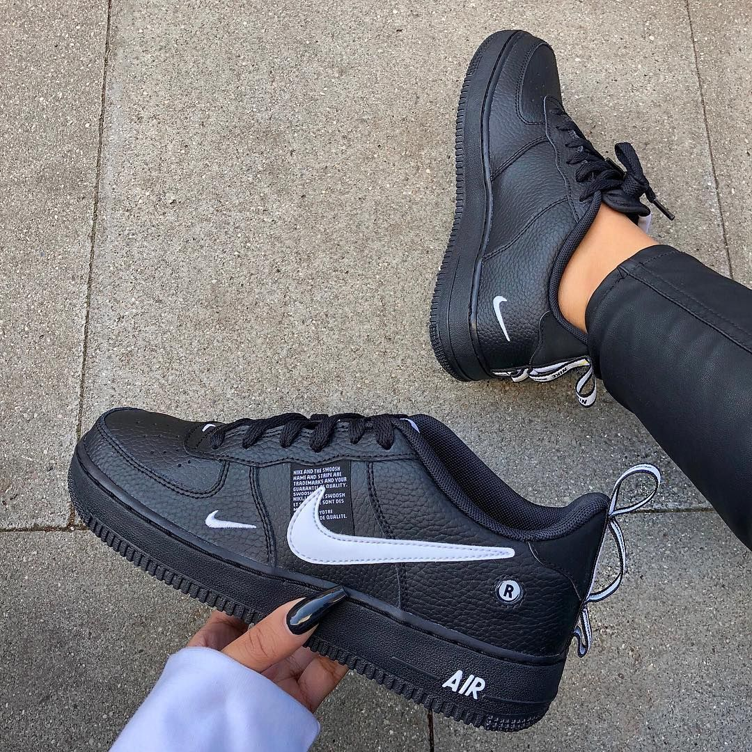 This has to be my new fave black trainer