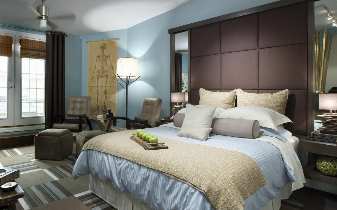 Brown and blue will always remain to be a classic colour combination