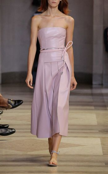 Carolina Herrera Look 26 on Moda Operandi